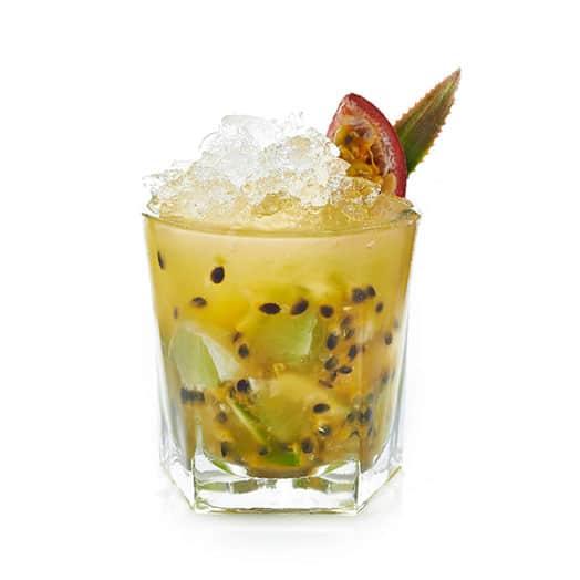 passionfruit-caprioska-cocktail
